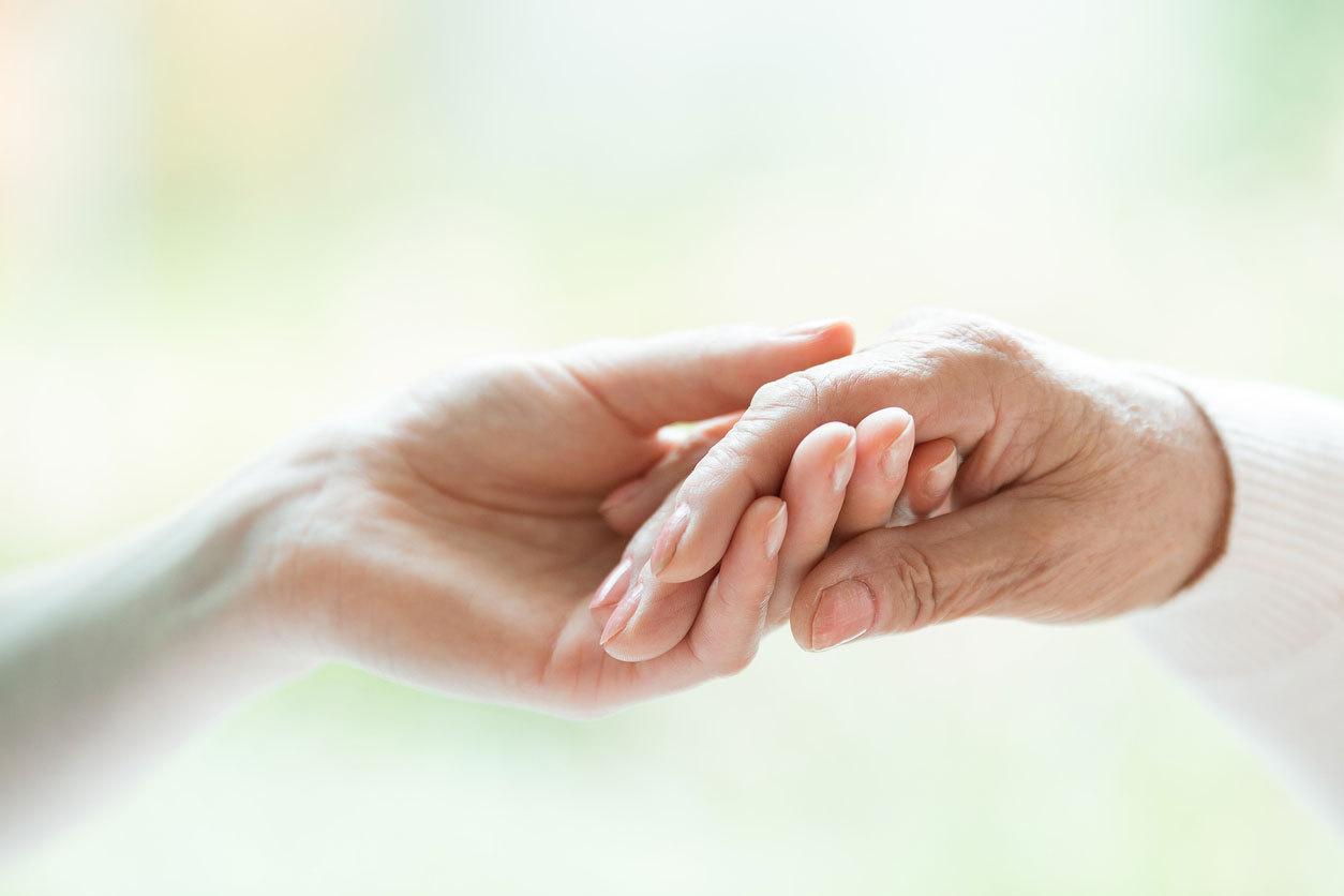 Palliativ yardım – insanın həyatı ləyaqətlə sona çatdırmaq hüququdu (Həkimlər üçün)